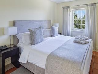 1 Bedroom Apartment Sea View