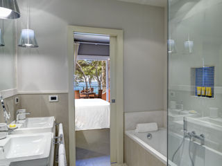 Hotel Castello Executive Mare Bathroom