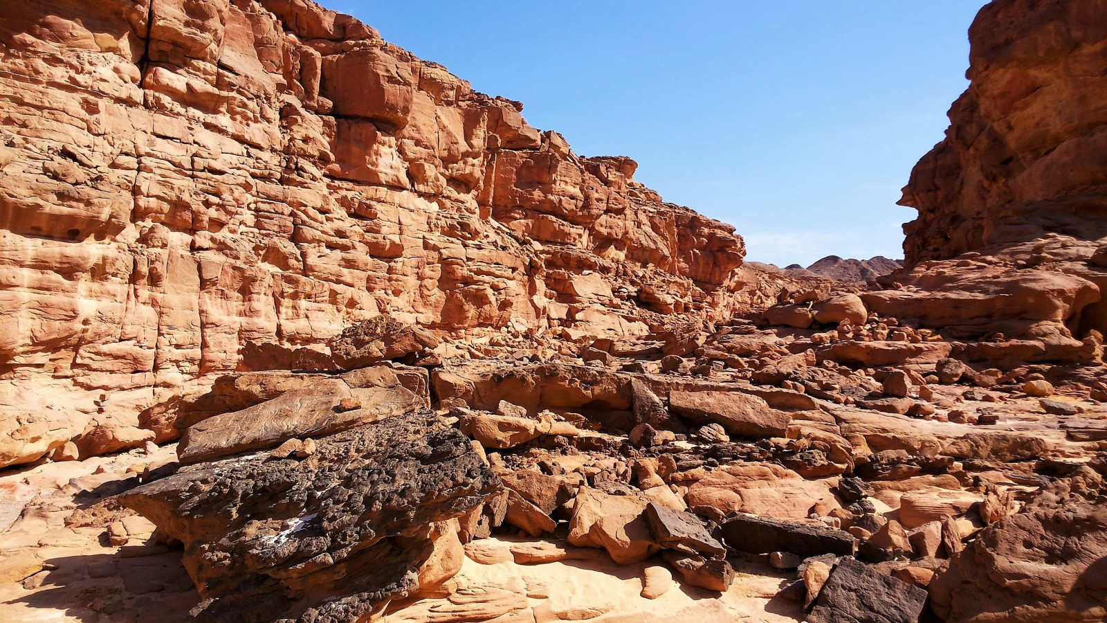 Mount Sinai and its spectacular range looks over the glorious resort of Sharm el Sheikh