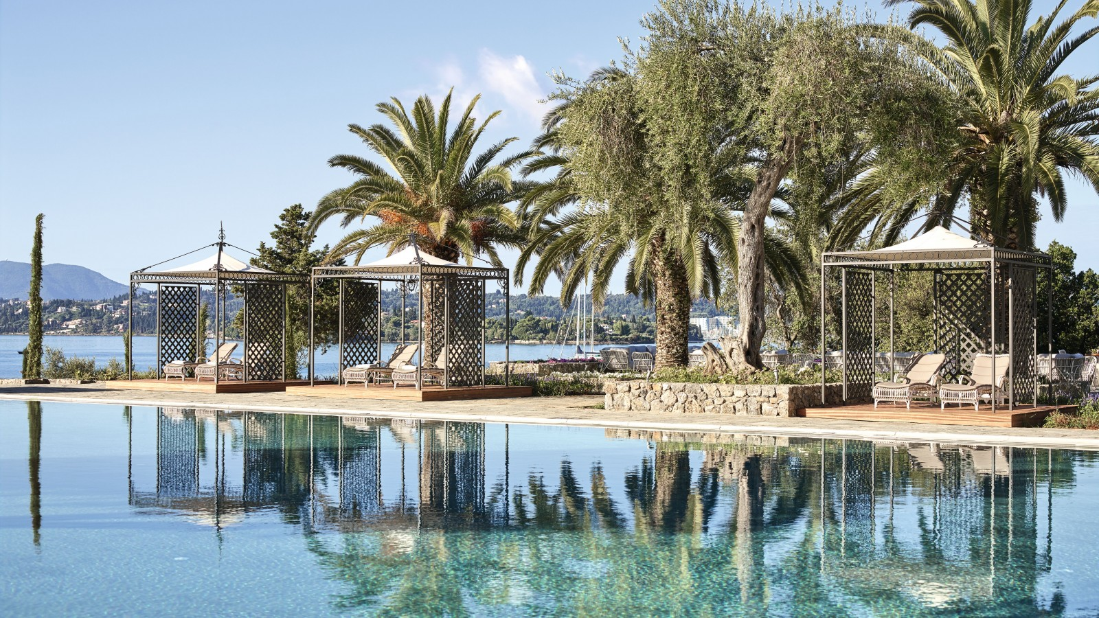 Grecotel Corfu Imperial poolside