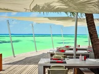 Beach Rouge, LUX* South Ari Atoll