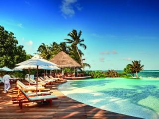 Veli Bar, LUX* South Ari Atoll