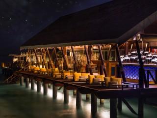 East Bar, LUX* South Ari Atoll