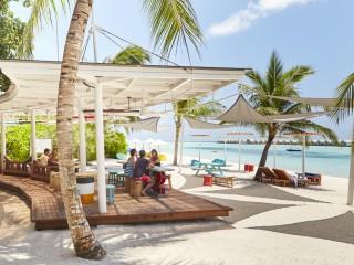 Lagoon Bar, LUX* South Ari Atoll