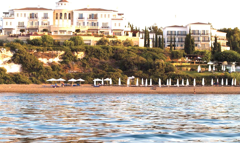 Anassa seafront