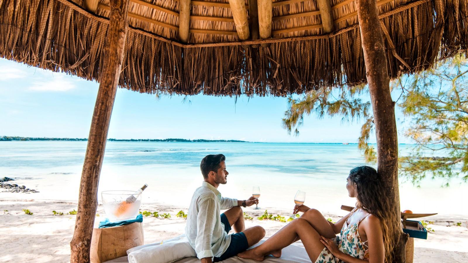 Beach Cabana Shangri-La Le Touessrok