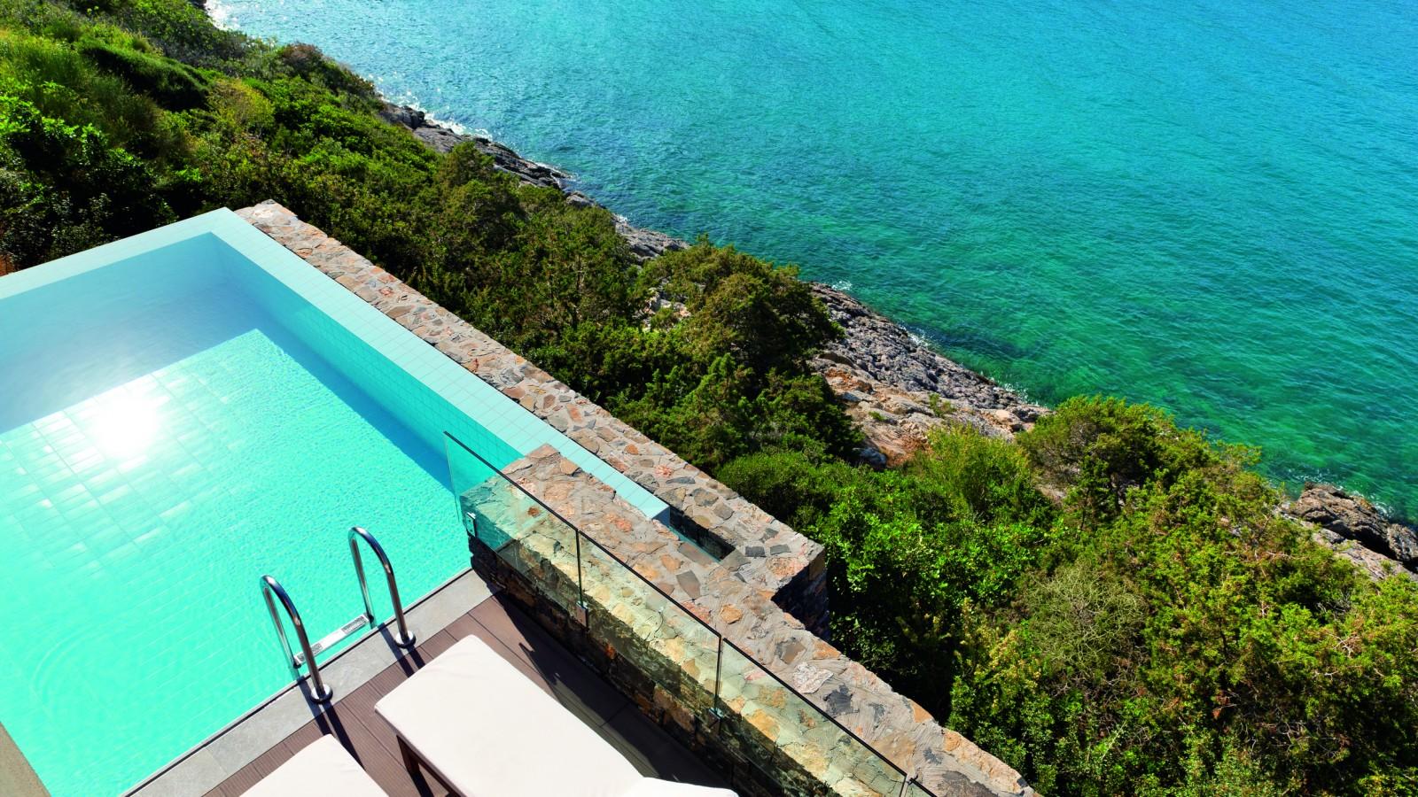 Daios Cove villa pool