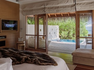 Deluxe Beach Bungalow with Pool, Huvafen Fushi
