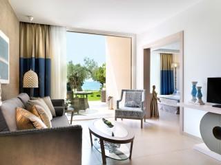 Deluxe Two Bedroom Bungalow Suite