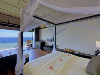 Deluxe Water Villa, Lily Beach Resort & Spa