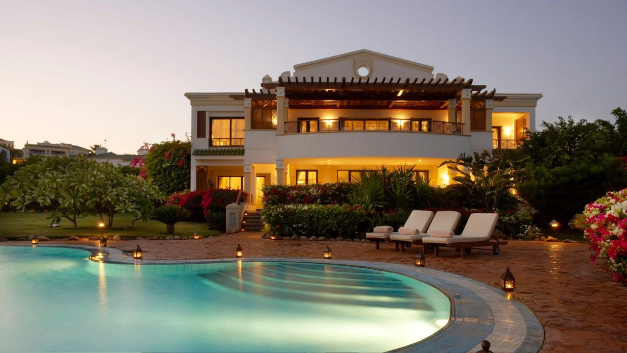 Luxury accommodation at the Hyatt Regency Sharm el Sheikh Resort