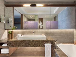 Junior Suite Hibiscus Beach Access Bathroom Shangre-La Le Touessrok