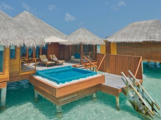 Lagoon Bungalow with Pool, Huvafen Fushi