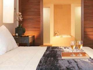 Amirandes Luxury Bungalow Front View