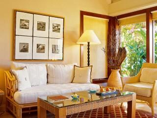 Luxury Villa with Private Garden, Oberoi