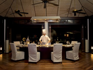 Teppanyaki, Lily Beach Resort & Spa