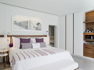 Deluxe room with plunge pool at Grace Santorini