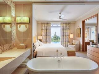 Premium Infinity Suite, Sea Front View + Private Pool