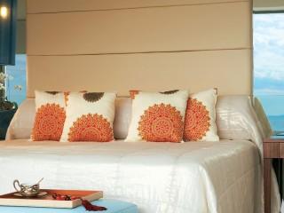 Amirandes, Luxury Guestroom