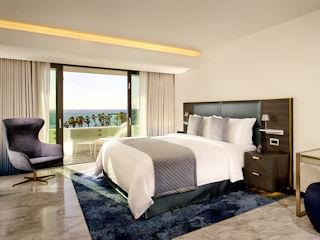 Parklane Lifestyle Suite, Sea View