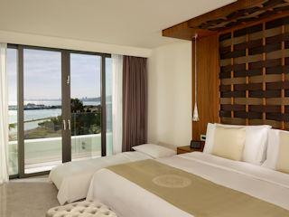 Parklane Panoramic Suite, Sea View