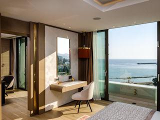 Parklane The Diamond Suite, Sea View with Private Pool