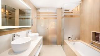 Pine Cliffs_Junior Ocean Suite Bathroom