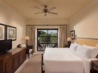 Pine Cliffs _ Two and Three Bedroom Residence Suite