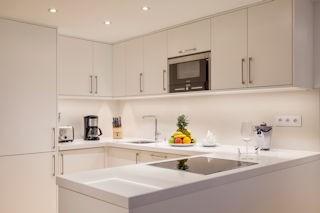 Pine Cliffs _ One & Two Bedroom Ocean Suite Kitchen