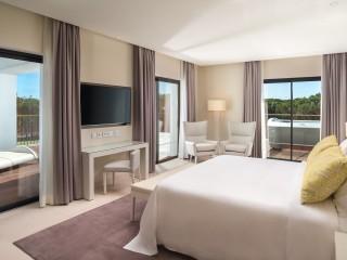 Pine Cliffs _Presidential Suite Bedroom