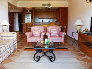 Pine Cliffs _ Golf Suites Living Room