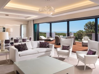 Pine Cliffs _ Presidential Penthouse Suite Living Room