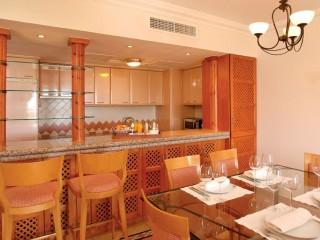 Pine Cliffs _ Golf Suites Kitchen