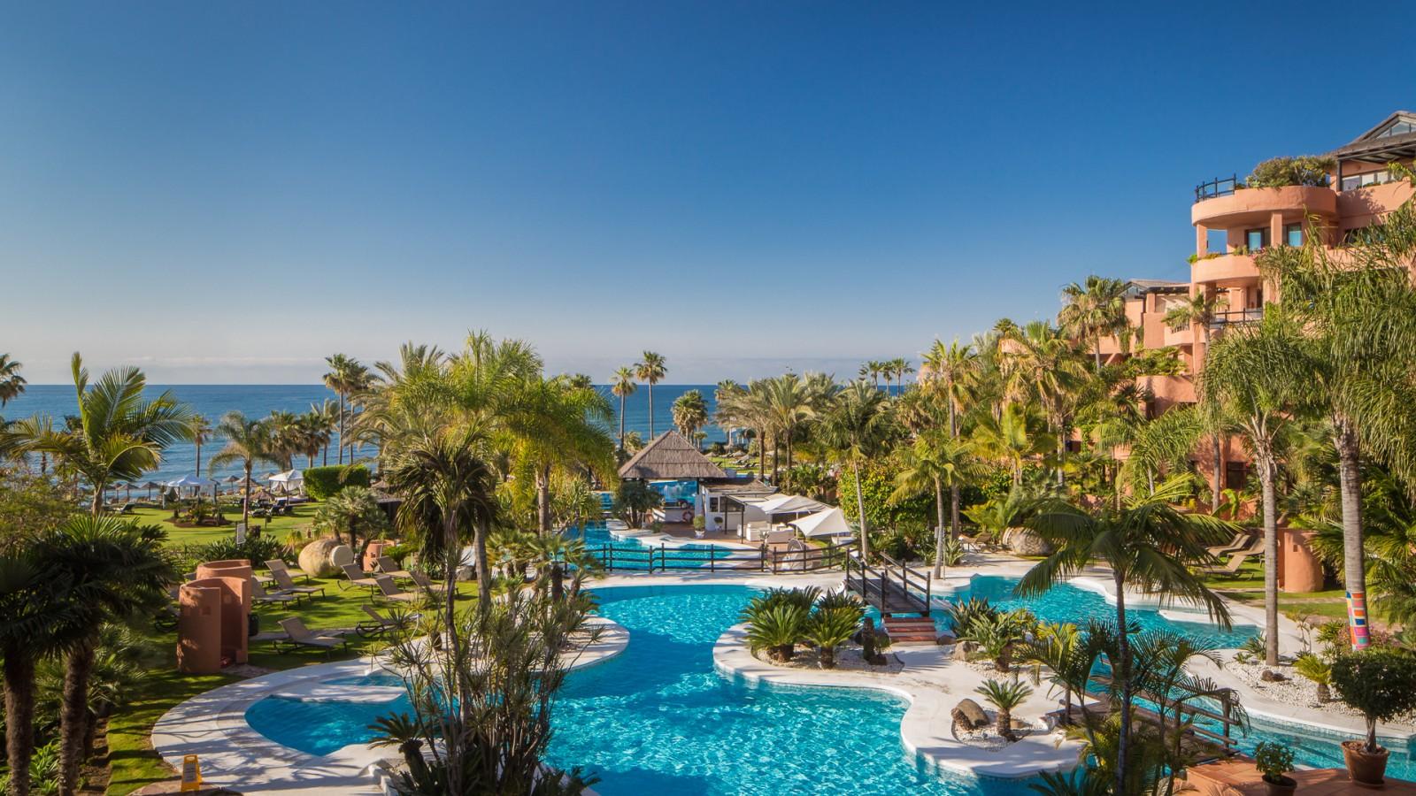 Kempinski Hotel Bahía Pool