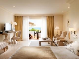 Puente Romano Marbella Grand Junior Suite