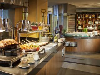 Latitude, Jumeirah Beach Hotel