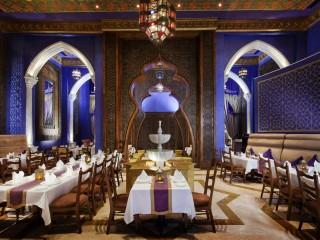 Jumeirah Zabeel Saray - Al Nafoorah restaurant