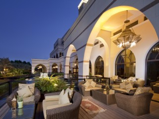 Jumeirah Zabeel Saray - Sultan's Lounge terrace