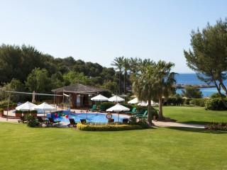 Kids Club, St Regis Mardavall Mallorca