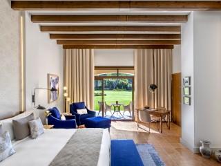 King Garden View Junior Suite, St Regis Mardavall Mallorca