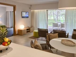 One Bedroom Suite, Epic Sana