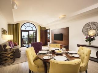 Royal Jasmine One-Bedroom Suite (1)