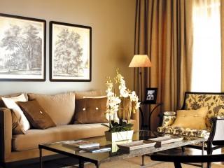 Suite, Asia Gardens