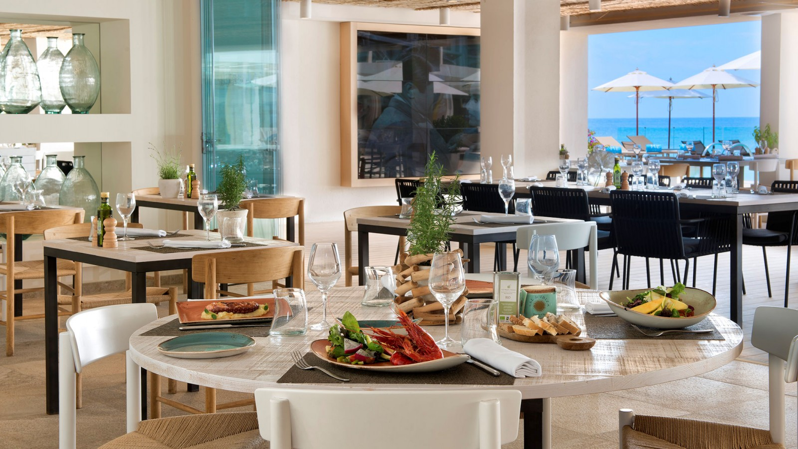 Bianco Mare Restaurant ME Ibiza