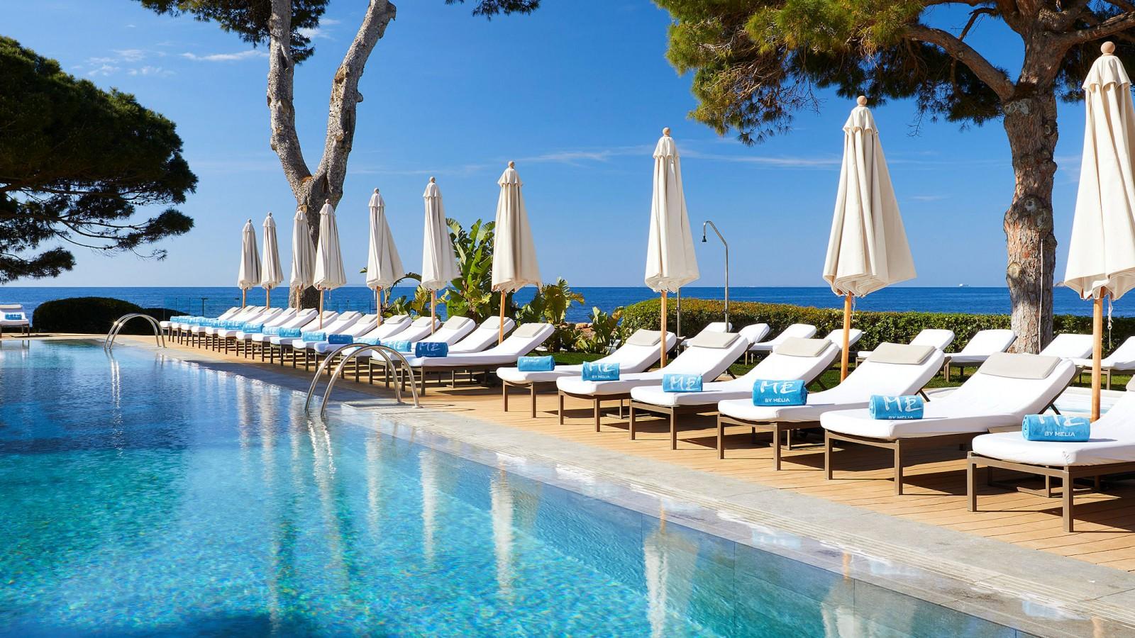 Pool ME Ibiza