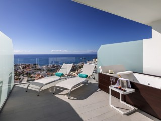 Royal Hideaway Corales Beach, Junior Suite Ocean Front with Hot Tub