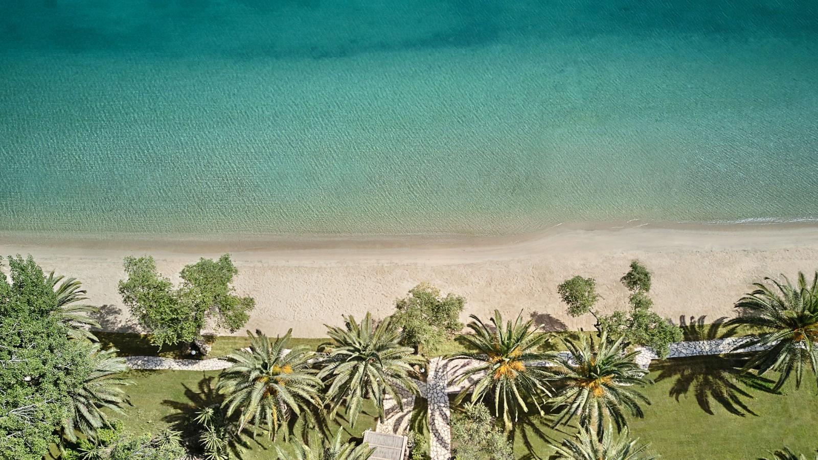 LUX ME Daphnila Bay Beach
