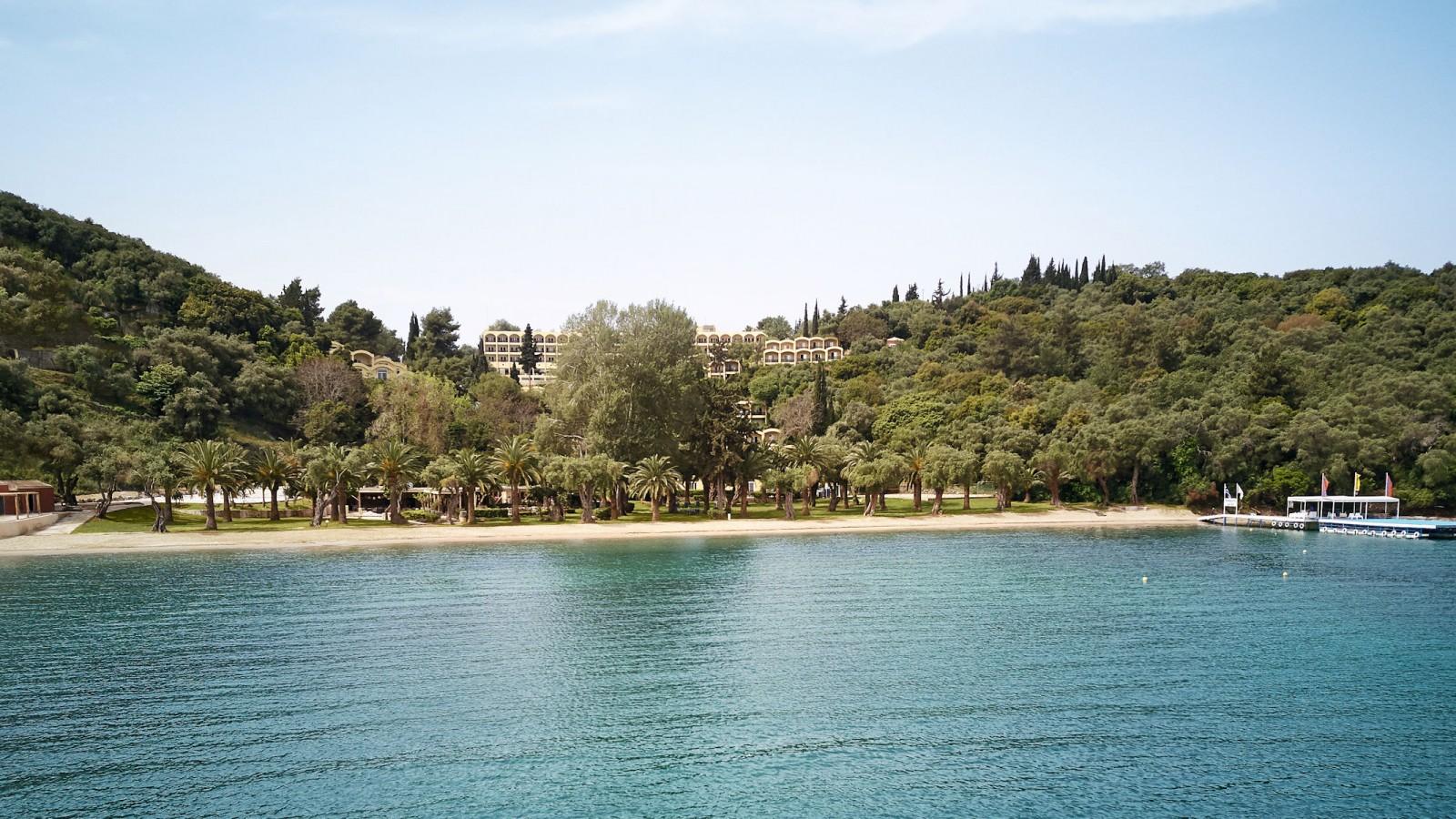 LUX Me Daphnila Bay Hotel